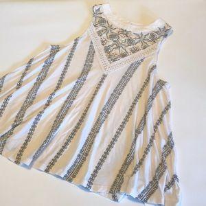 Anthropologie Akemi kin sleeveless top lace size S